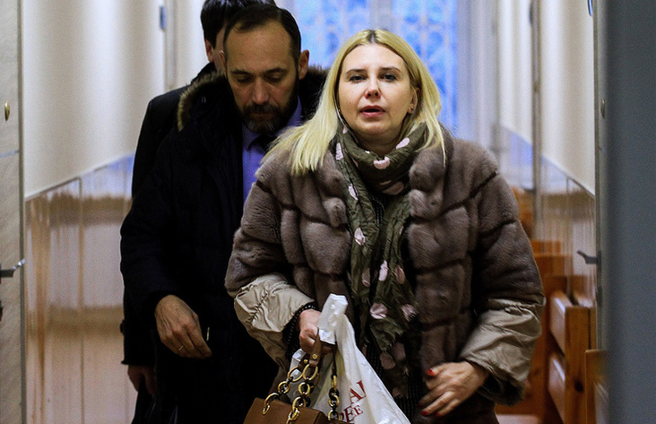 Отстранённая поделу о«Боярышнике» замминистра вИркутске вышла наработу